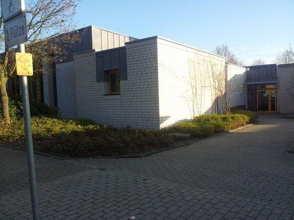 halle-und-schwimmbad-elisabethschule